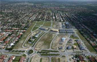 Aerial Views of the Beautiful Venetian Parc Location
